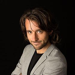 Alex Dakov