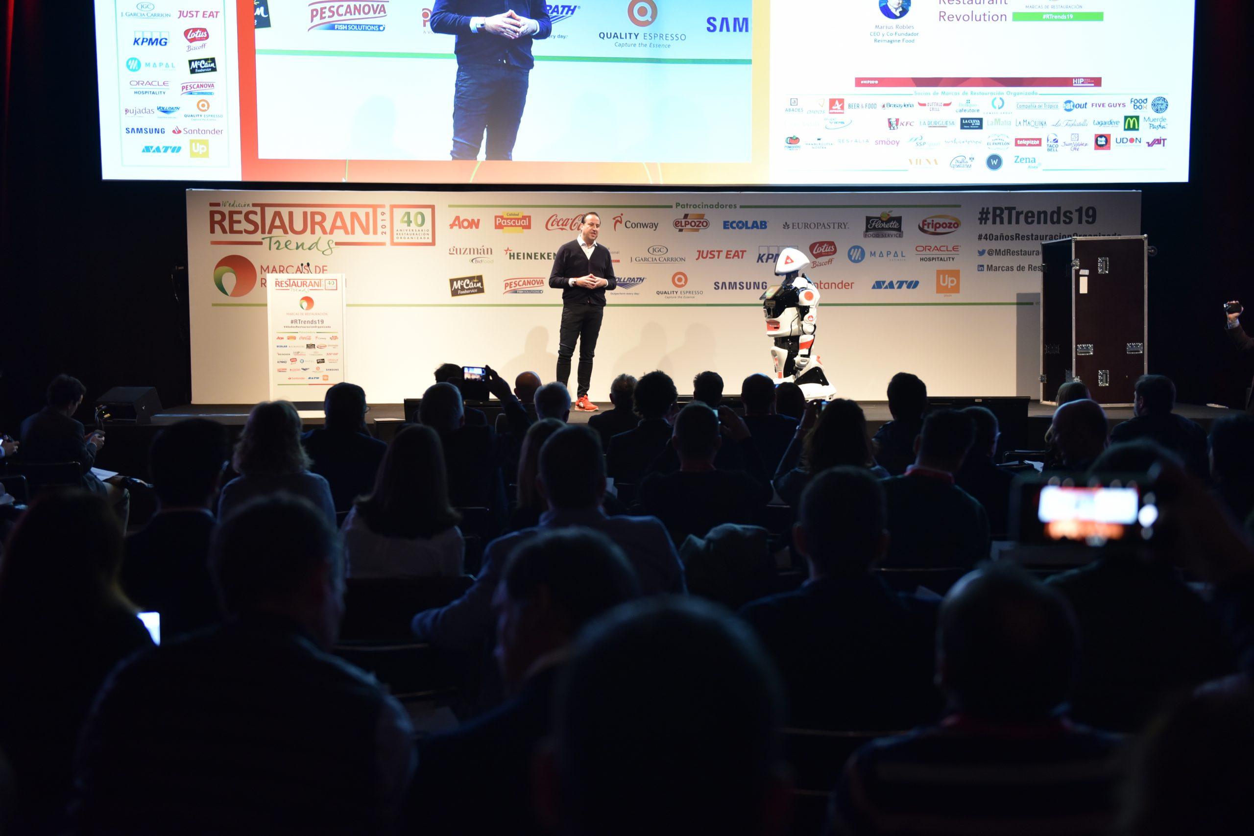 Robotics Pioneers: el primer foro mundial de robótica para hostelería en HIP
