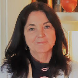 Carmela Mañas Martínez