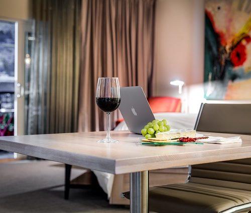 Cómo atraer clientes en la era de la innovación hotelera